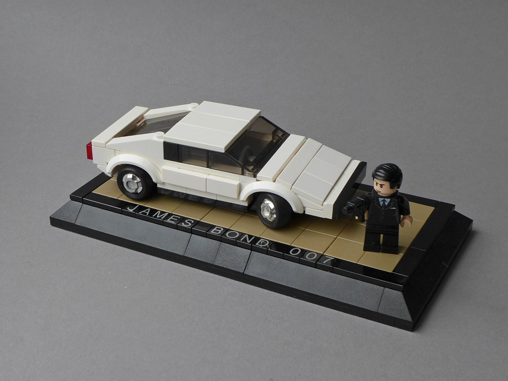 Lotus Esprit S1 - James Bond 007 Movie Car (Collector's Item)