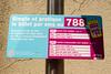 День 6. Женева и Швейцарская ривьера - но вернемся в наше время. В старом городе ездят только специальные то ли гибридные, то ли совсем электрические автобусы. На остановках написано, что оплатить за билет можно и при помощи СМС. Цены - кусаются :(