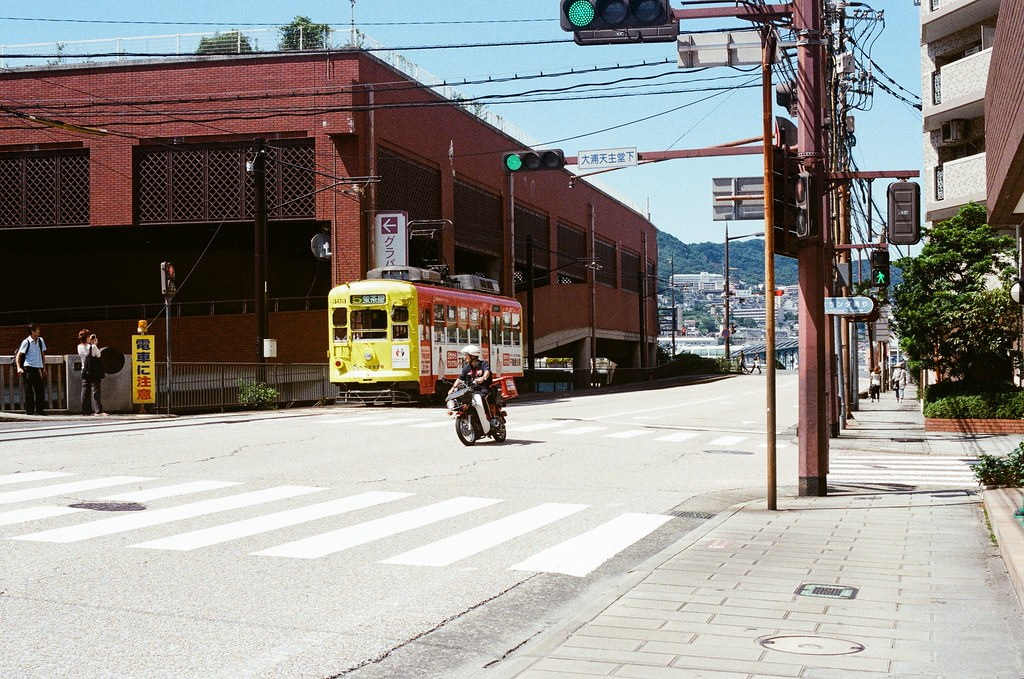 大浦天主堂下 長崎 Nagasaki 2015/09/08 大浦天主堂下  Nikon FM2 / 50mm Kodak UltraMax ISO400 Photo by Toomore