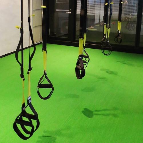 体重預けてバランス取りながらグイグイと。 #タイカンズ #TAIKANZ #体幹トレーニング