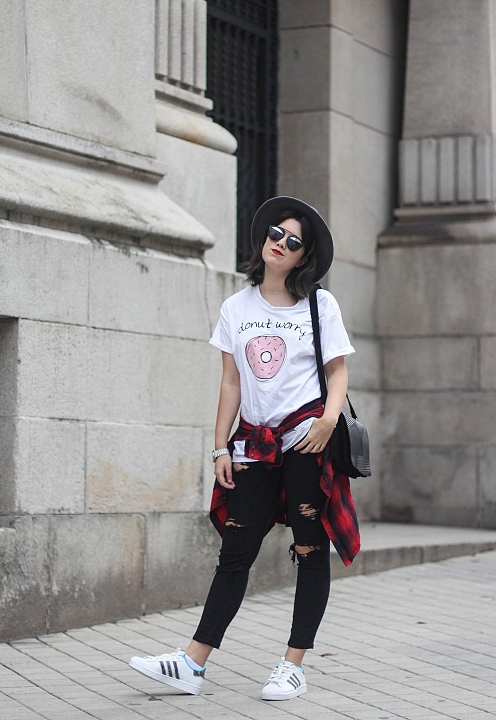 look con adidas superstar y camiseta adlescent clothing donut streetstyle myblueberrynightsblog