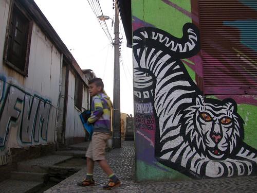 El niño y el tigre