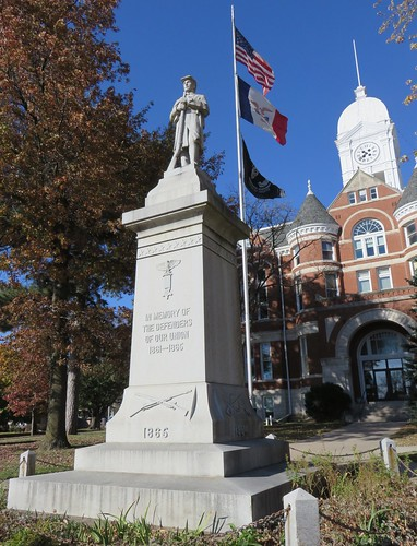 bedford statues iowa ia taylorcounty civilwarmonuments civilwarmemorials unionmonuments courthouseextras