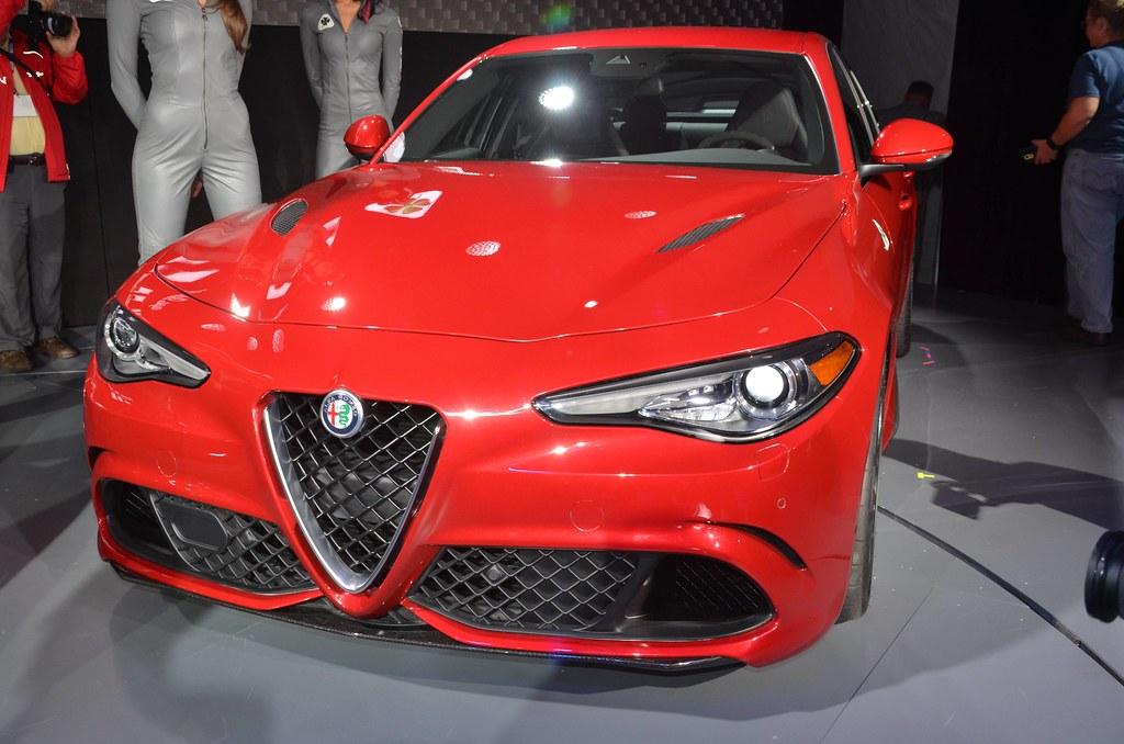 2017 Alfa Romeo Giulia Quadrifoglio live photos: 2015 LA Auto Show