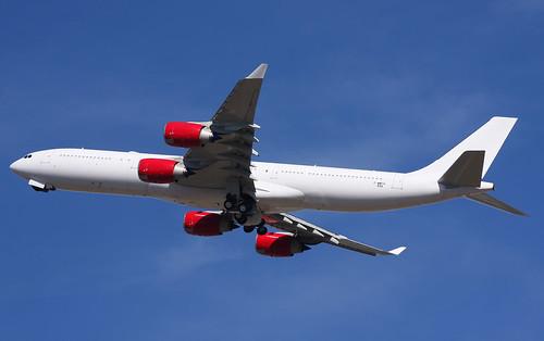 A345 - Airbus A340-542