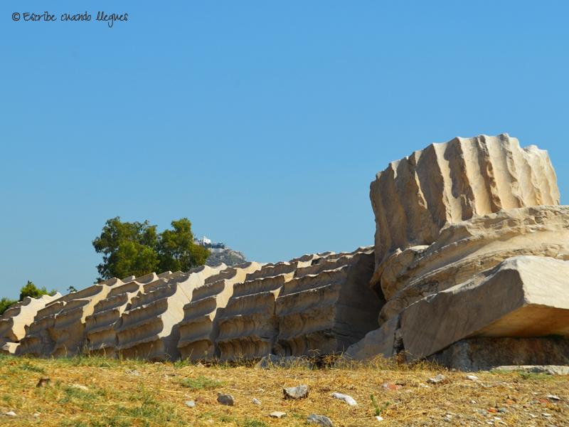 Columna del Templo de Zeus Olímpico