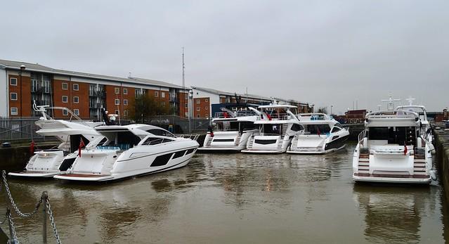Sunseeker yachts (1) in KGV Lock 15-12-15
