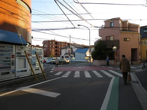 中山競馬場のオケラ街道の交差点