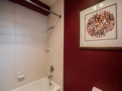 marla-room-tub