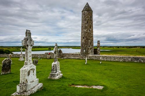 ireland irland clonmacnoise countyoffaly ie travel traveler traveling travelphoto travelphotography nikon shannon history monastic celtic