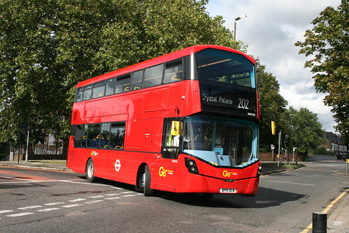 Metrobus WHV43 on Route 202, Blackheath Royal Standard