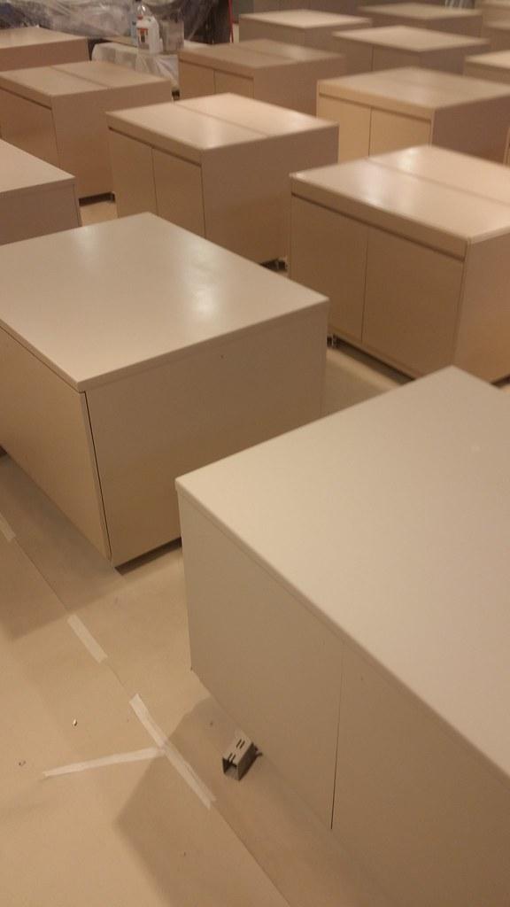 Decapación sobre muebles y cenefas