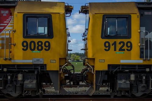 DL 9129 and DL 9089 Marton NZ