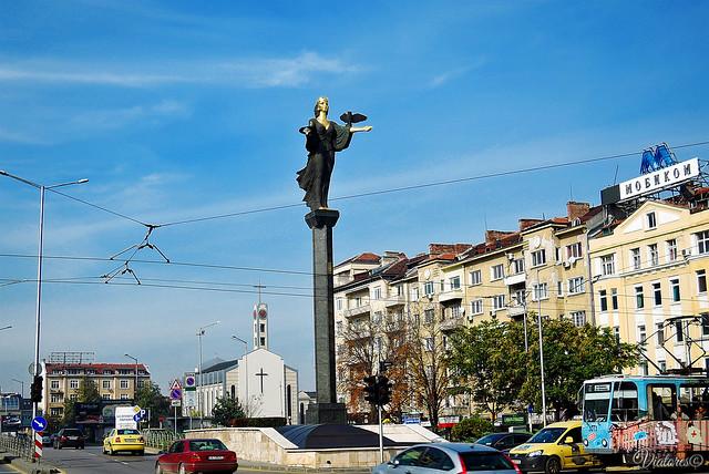 Памятник Святой Софии. Pamyatnik Svyatoi Sofii
