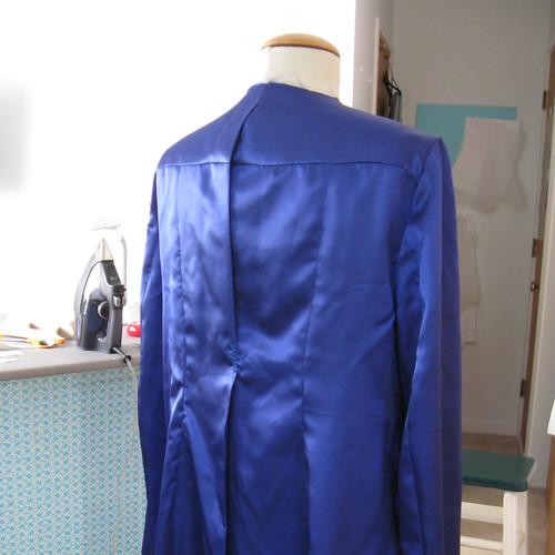 tricolor coat lining view