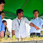 President visits International Rice Research Institute