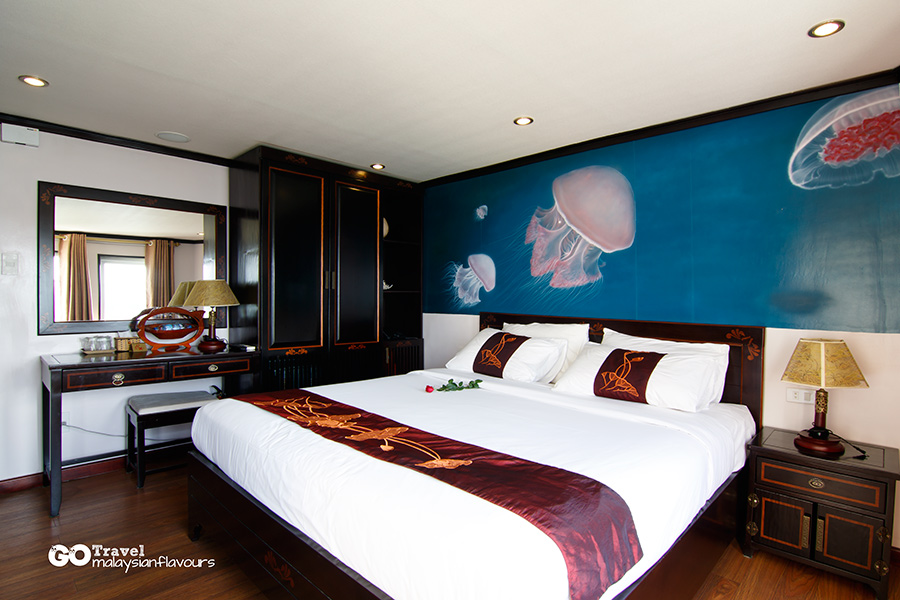 Ha Long Bay Hotel Room