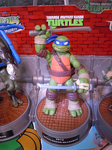 "Nickelodeon ""HISTORY OF TEENAGE MUTANT NINJA TURTLES"" FEATURING LEONARDO - Nick LEONARDO ii (( 2015 ))"