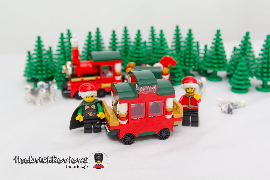 ThebrickReview: Christmas Train - 40138 - Limited Edition 2015 23719091195_cd7265c515_b