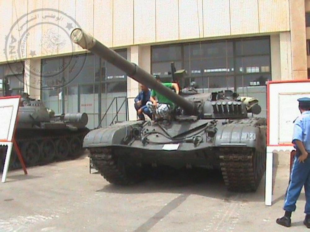 صور دبابات قتال رئيسية الجزائرية T-72M/M1/B/BK/AG/S ] Main Battle Tank Algerian ]   - صفحة 4 33802028822_6a9b321f38_o