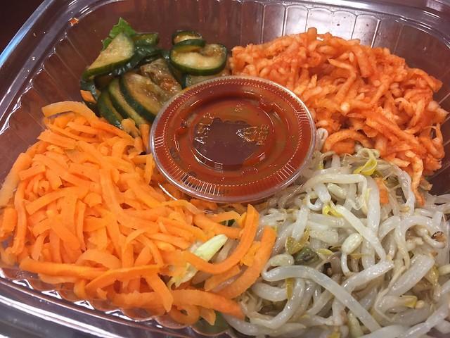 Spicy pork bibim bap - BiBi Ja Truck