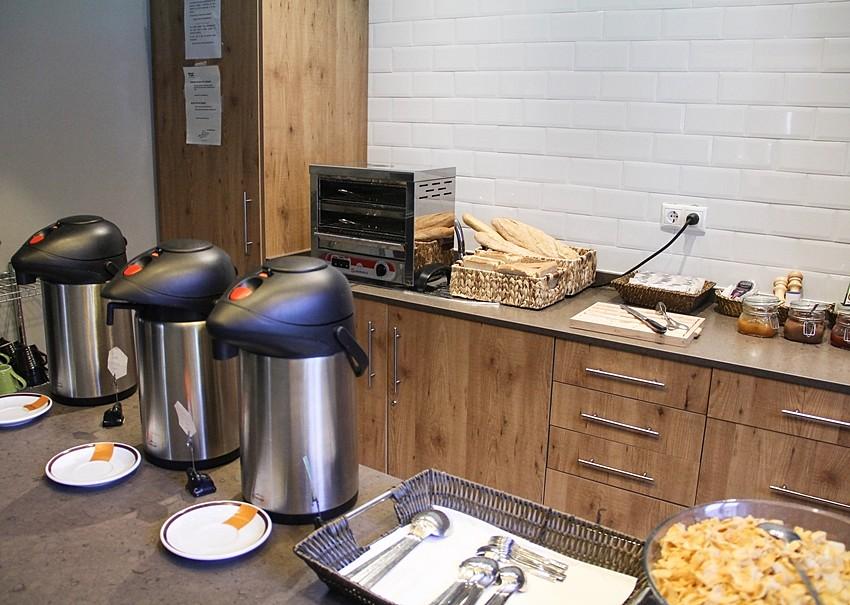 desayuno buffet hostal buena relacion calidad precio centro madrid mi experiencia myblueberrynightsblog