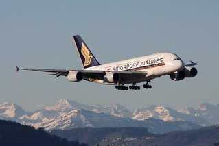 Singapore Airlines Airbus A380-841 9V-SKL