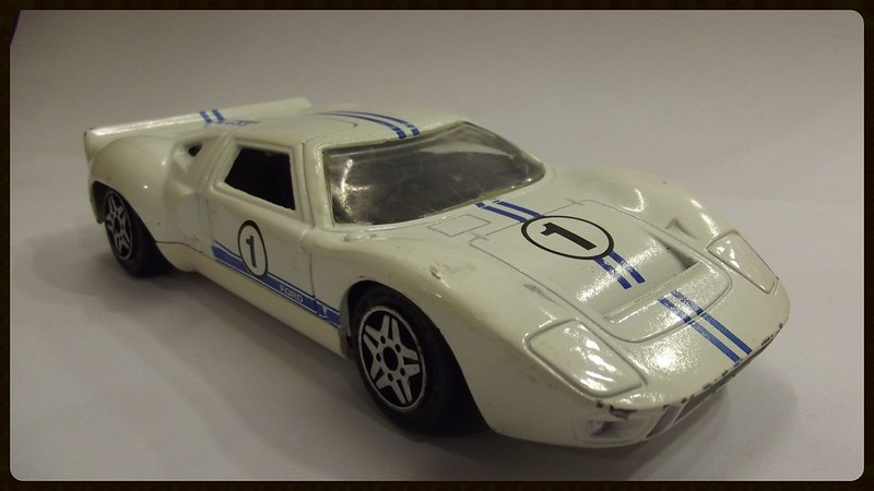 N°4156 Ford GT 40 22601172745_b9a5fc625e_c
