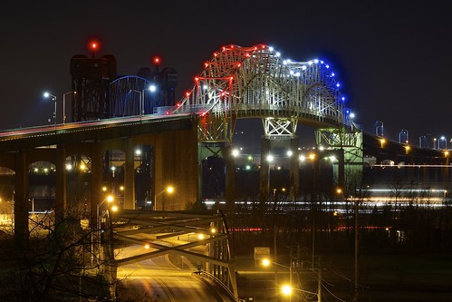 longexposure bridge november black colour night unitedstates michigan saultstemarie 30seconds soolocks internationalbridge stmarysriver verticalliftbridge ledlighting internationalrailroadbridge xf55200mm fujixt1 westportageave
