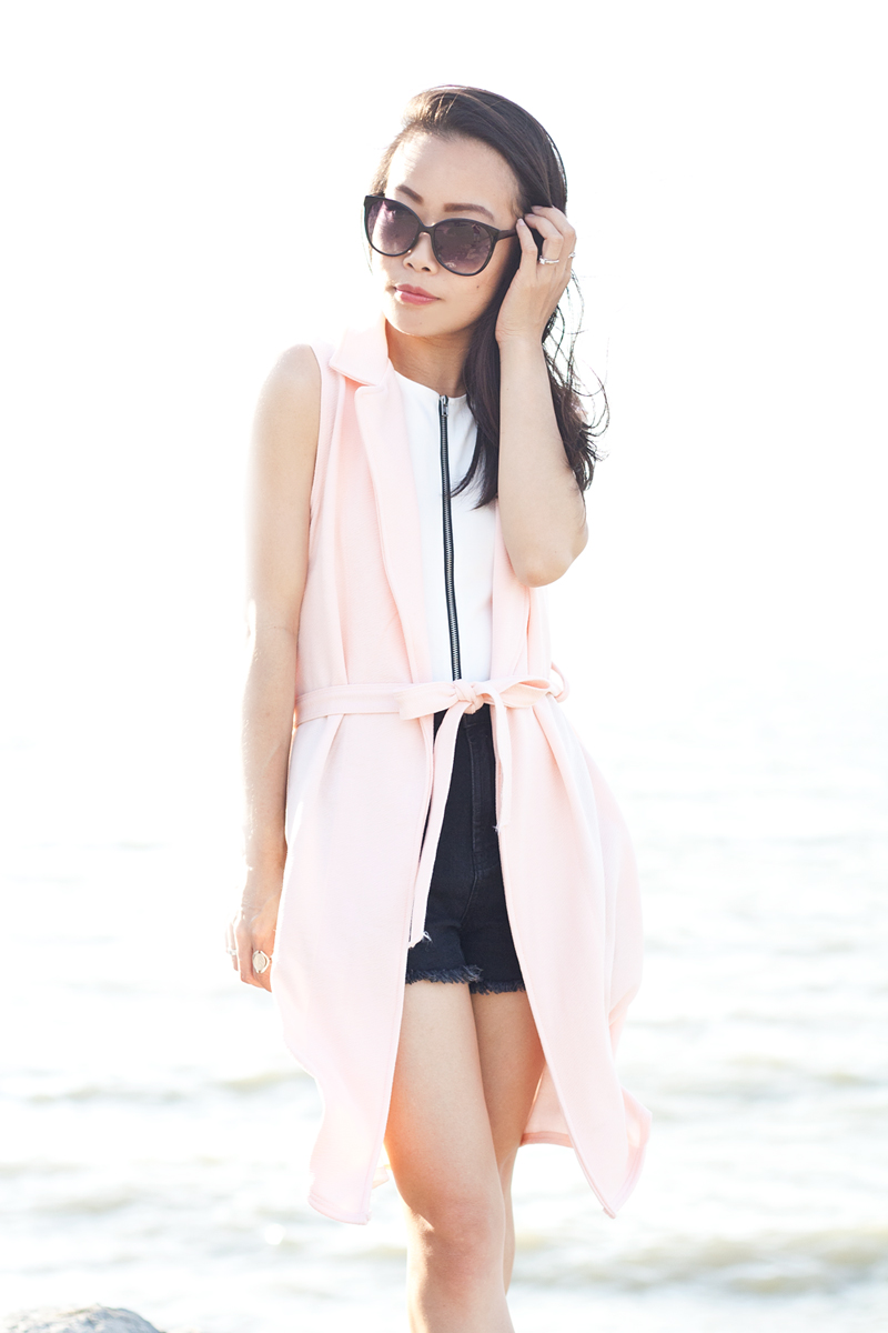 05-pink-vest-denim-shorts-sf-fashion-style