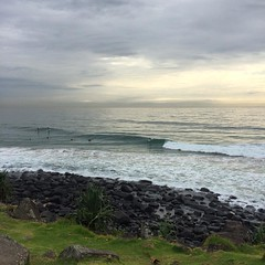 A little overcast #surf flattish #SUPs having fun #surfers just getting wet #goldcoast #cycling #wymtm #cyclinglife #cycle
