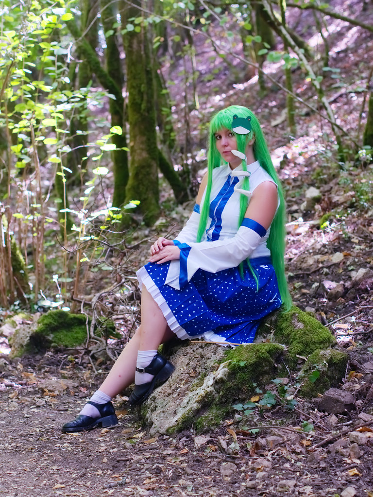 related image - Shooting Touhou project - Sanae Kochiya - Montrieux - 2015-08-16- P1180670