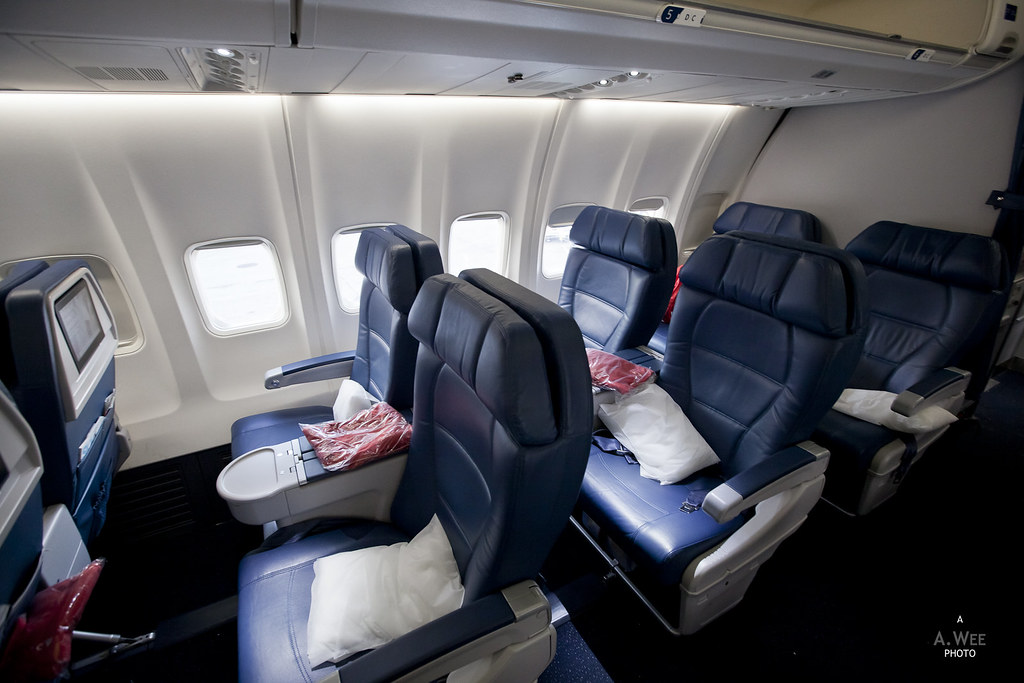 Delta Airlines Business Class On The 757 Between Seattle