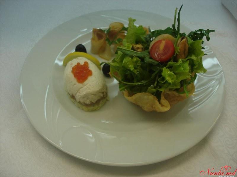 Ресторан «Oraşul Subteran» > Фото из галереи `Bucate şi Vinuri`