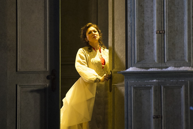 Krassimira Stoyanova as Tatyana in Eugene Onegin, The Royal Opera © ROH/Bill Cooper, 2012