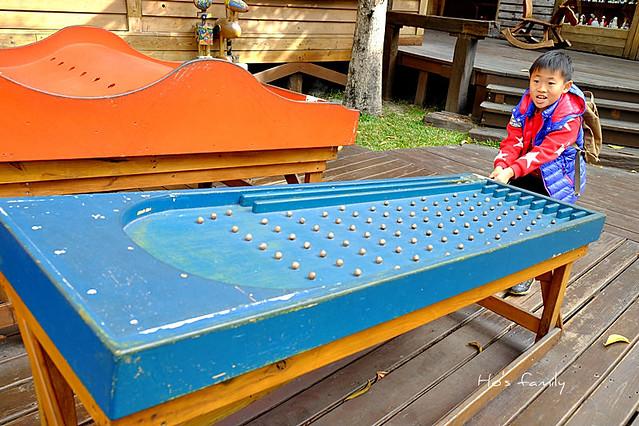 老樹根魔法木工坊景觀遊具區大型彈珠台