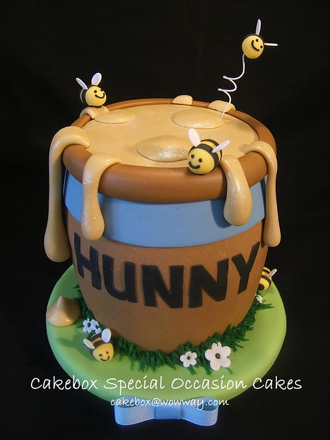 Pooh's Honey Pot Cake by Cakebox Special Occasion Cakes