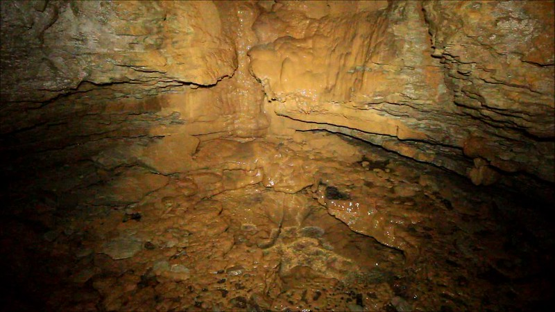 Spouting Dome Cave, Cumberland County, Tennessee 8