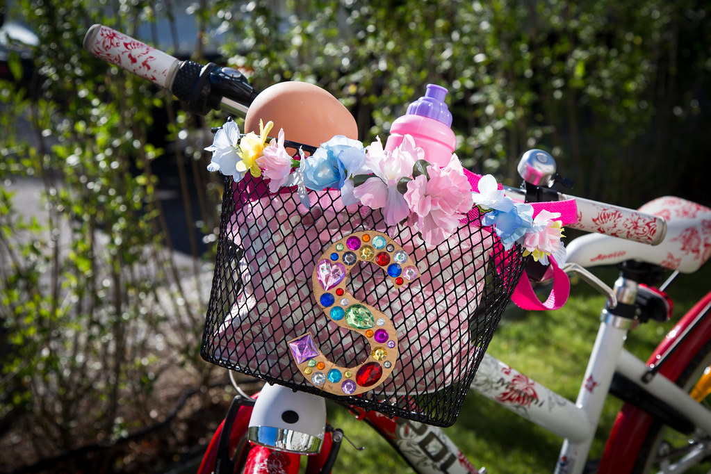 Personalize your bicycle basket