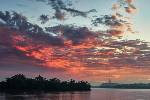 sky cloud sun sol water paraná argentina clouds río sunrise river landscape day cloudy paisaje cielo nubes costanera airelibre