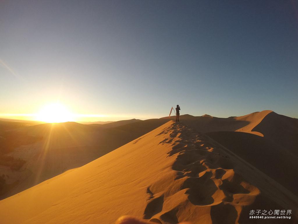 絲路-敦煌鳴沙山月牙泉-沙漠露營08
