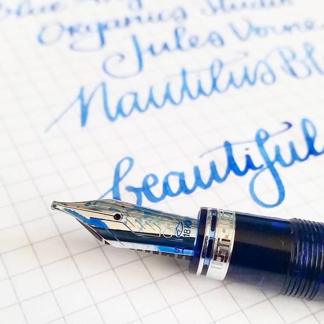 It is a beauty to write with. #omas #ogivacocktail #blueangel #stubnib #Fpgeeks #FPN #funtainpen #fountainpen #fountainpennetwork