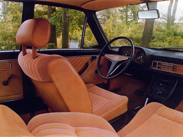 Салон Audi 100 LS C1 для рынка США. 1973 – 1976 годы