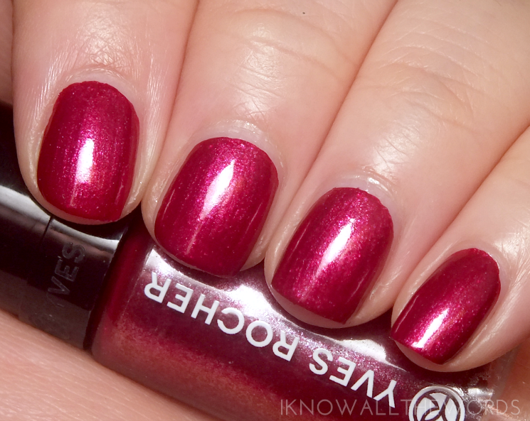 Yves Rocher Holiday 2015 Botanical Nail Colour Pearly Purple (1)