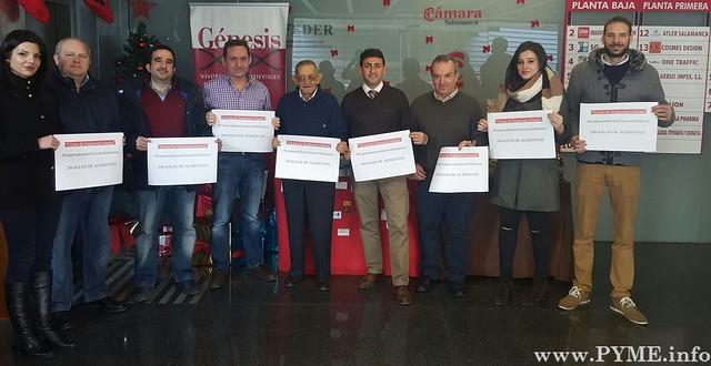 Foto de familia de la campaña solidaria #EmprendedoresGénesisSolidarios.