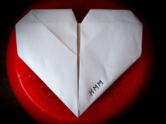 White heart, Olympus E-M10MarkII, Lumix G Macro 30mm F2.8 Asph. Mega OIS