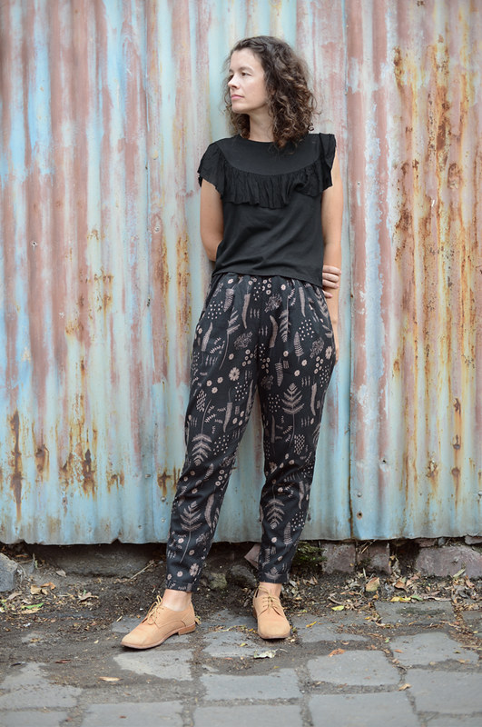Alexandria Peg Trousers :: Named