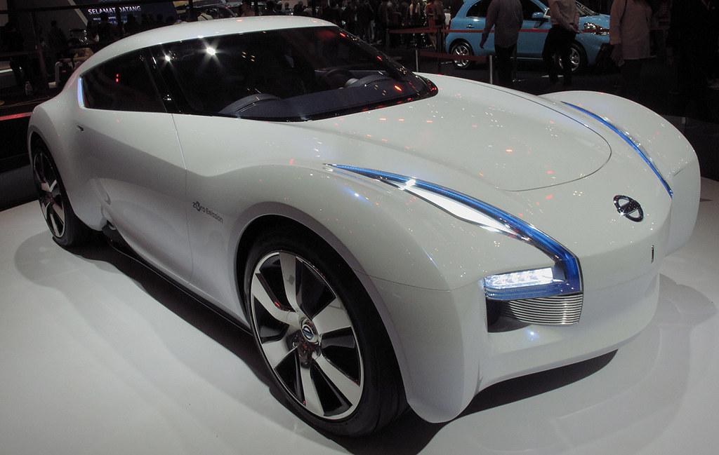Nissan Esflow Mobil Cepat Ramah Lingkungan
