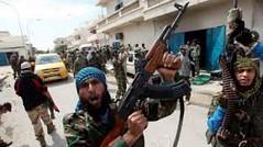 4 قتلى و 6 جرحى جراء تجدد الاشتباكات بين الحكومة ومسلحين في بنغازي الليبية