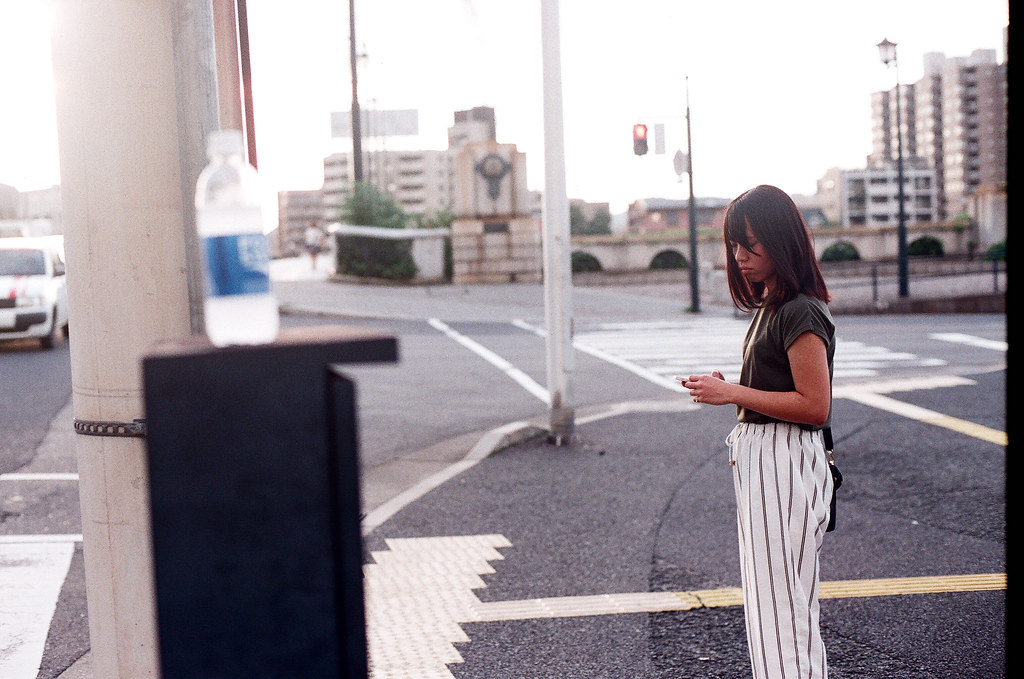 御幸橋 広島 Hiroshima 2015/09/01 好,又是偷拍。而且我來不及把我的寶礦力水得拿下來 ...  Nikon FM2 / 50mm AGFA VISTAPlus ISO400 Photo by Toomore